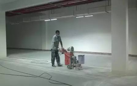 环氧树脂地坪漆施工前为什么需要打磨地面?