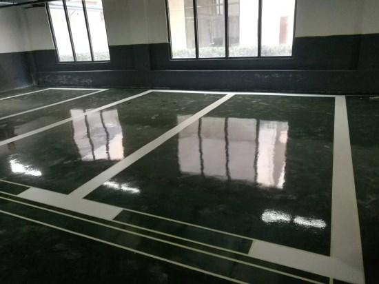 环氧地坪和混凝土密封固化剂地坪有哪些区别,哪个好?